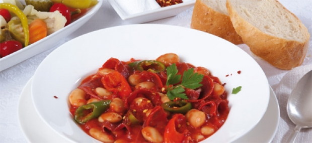 Bean and pastirma stew
